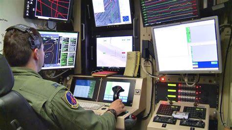 flying  mq  predator uav military drone pilot training youtube
