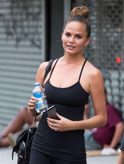 chrissy teigen  leggings    gym  york city july