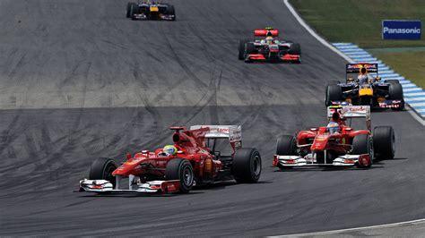 Льюис Хэмильтон выиграл Гран-при Германии Формулы-1, стартовав с 14-го места