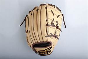 SPSのグローブは軽量設計で女子野球選手にもおすすめ! | SPS