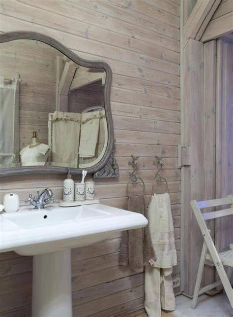 lambris dans salle de bain le lambris mural d 233 coratif en 40 photos archzine fr