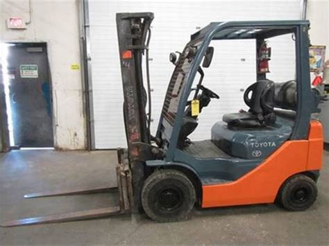 forklifts lift trucks  sale kmh systems