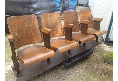 sieges de cinema occasion fauteuils de cinema en bois chez bravo