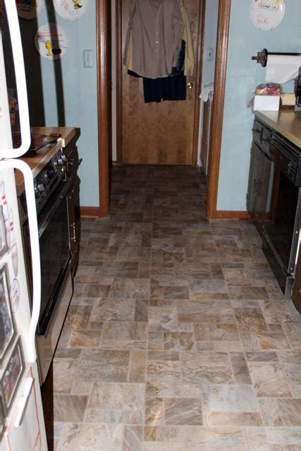 floor linoleum for kitchens vinyl installation in brownstown jabro carpet one floor 7248