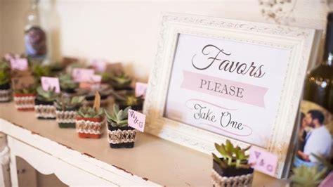 wedding favor ideas blog 5 diy summer wedding favor ideas unveiled by zola