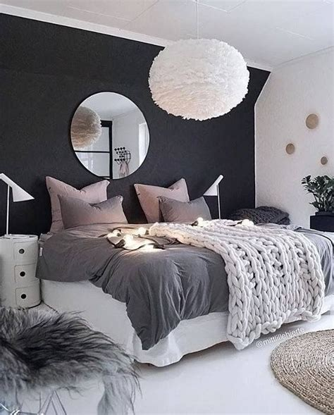 34833 beautiful large bed best 25 htons style homes ideas on