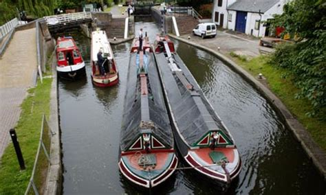 Living On A Boat Uk by Is It Greener To Live On A Canal Boat Leo Hickman
