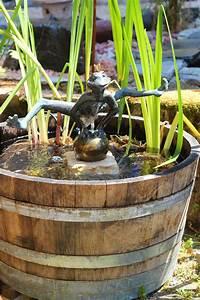 Miniteich Pflanzen Set : wasserspiel set weinfass mini teich inkl pumpe und froschk nig dietmar bronze 4260465861110 ~ Buech-reservation.com Haus und Dekorationen