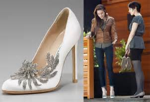 manolo blahnik wedding shoes swan wedding shoes manolo blahnik so sue me
