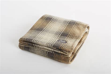 cabin throw kanata blanket rustic warm  versatile