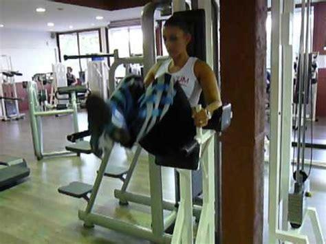 chaise musculation exercice de musculation des abdos bas relevé de jambes