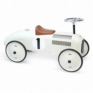 Voiture Enfant Vintage : porteur voiture vintage blanc vilac pour chambre enfant ~ Teatrodelosmanantiales.com Idées de Décoration