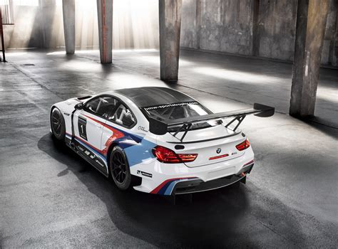 bmw  gt finally shows  racing colors carscoops