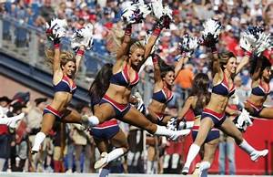 PHOTOS: The cheerleaders and fans of the New England ...