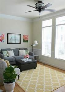 Bodenbelag Wohnzimmer Beispiele : gelber teppich f r eine frische und strahlende zimmergestaltung ~ Sanjose-hotels-ca.com Haus und Dekorationen
