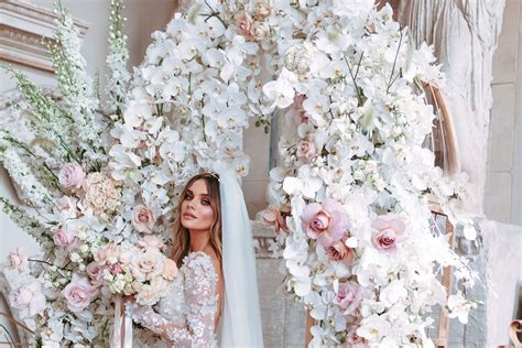 The 3 Things You Need to Know About Floral Arches for Your