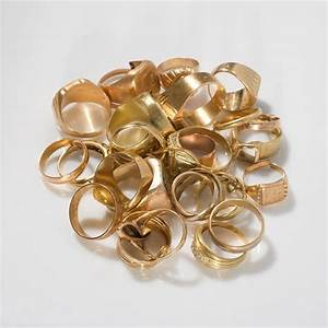 bijoux en or With les bijoux en or