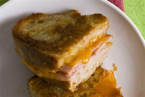 Sandwich Au Fromage Fondant Au - sandwich au fromage fondant et au bacon enrob 233 de farine de ma 239 s kraft canada