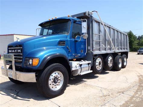 2002 mack granite dump truck