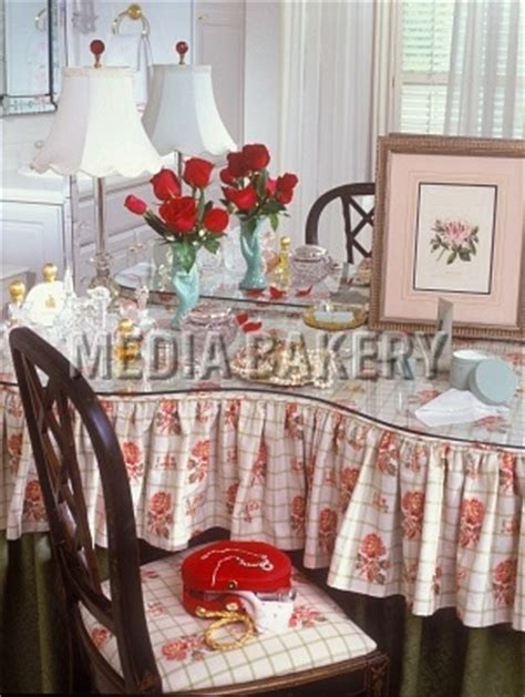 Bedroom Table Skirts by Pin By Maureen Clothier On Vanities