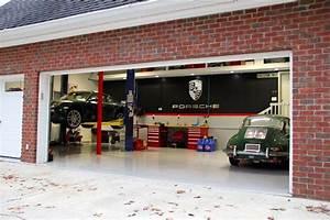 Show Your Porsche Garage Set Up - Page 23