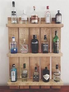 Kleines Regal Küche : einen gin tonic bitte regal aus palette die liebe berlin und blog ~ Whattoseeinmadrid.com Haus und Dekorationen