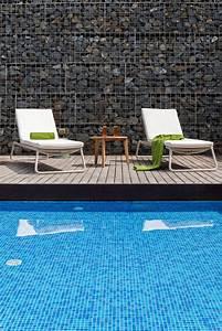 Ouvrir Un Capot De L Exterieur : am nagement ext rieur piscine meuble de jardin et coin d tente c t maison ~ Medecine-chirurgie-esthetiques.com Avis de Voitures