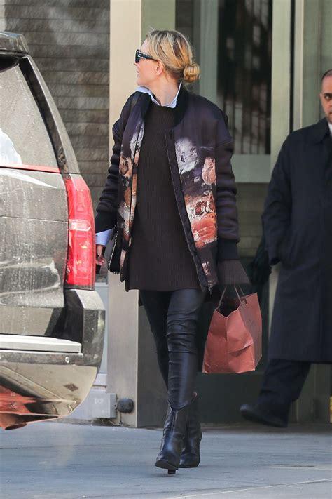 cate blanchett wears leather pants    york