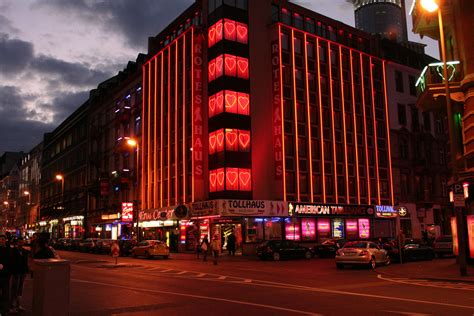 Frankfurt, Rotes Haus Foto & Bild  Motive, Architektur