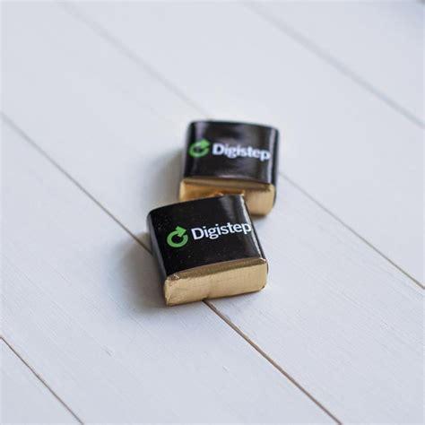 Konfektes ar logo  personalizētās dāvanas   ShokoBox.lv