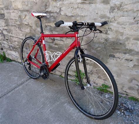 siege vtt a vendre bicyclette à vendre le vélo en image