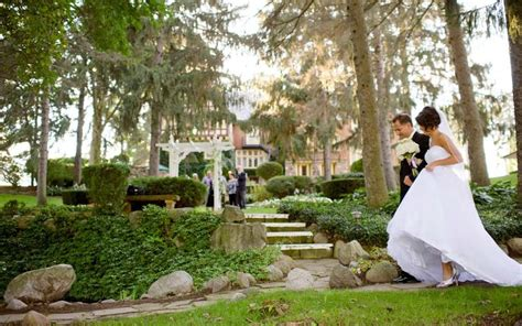 Backyard Wedding Locations by Outdoor Wedding Ceremony Locations The Inn