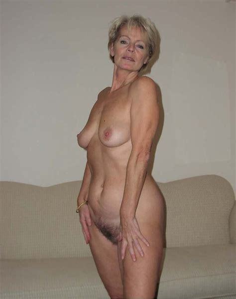 032  In Gallery Justine Classy Mature Continued
