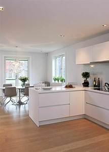 Cuisine Avec Parquet : 53 variantes pour les cuisines blanches ~ Melissatoandfro.com Idées de Décoration