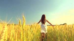 Young Beautiful Woman Beauty Dress Wheat Field Worship ...