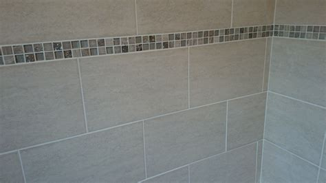 bathroom tile borders