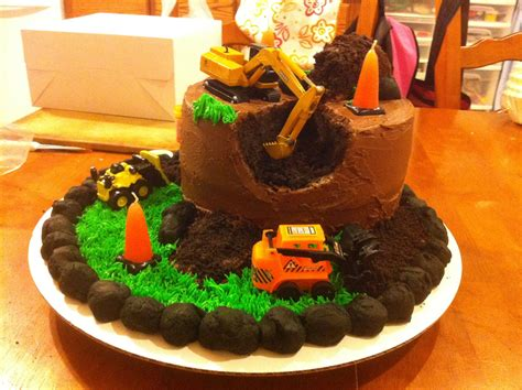 Construction Cake Decorations by Construction Site Cake Cakes I Ve Made