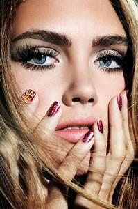 Make Up: Big Bold Thick Eyebrows   WardrobeLooks.com