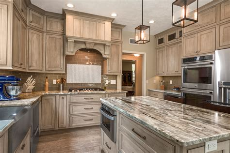 Center Islands In Kitchens - shiloh cabinetry home