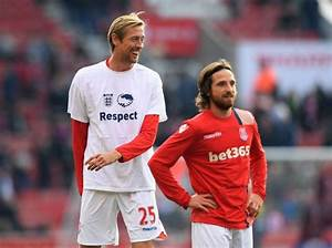QuotI39m Availablequot Peter Crouch Offers To Promote The Return