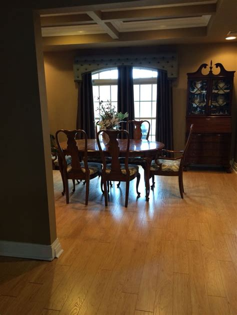pergo xp flooring vermont maple new pergo xp vermont maple flooring in dining room my house pinterest dining rooms