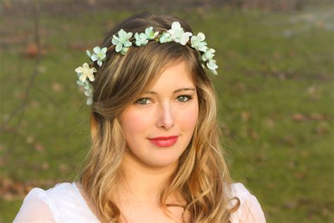 Wedding Accessories For Girls : Wedding Accessories, Bridal Flower Crown, Wedding
