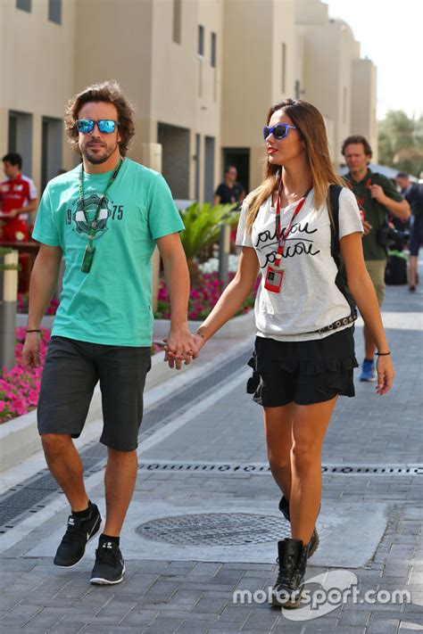 fernando alonso mclaren   girlfriend lara alvarez
