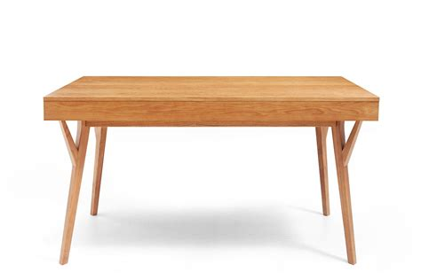 table de bureau but bureau design scandinave en bois et convertible emme