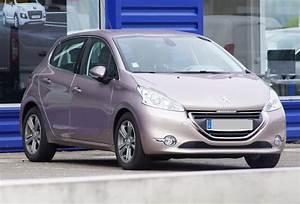 Consommation Peugeot 208 : d tails des moteurs peugeot 208 2012 consommation et avis 1 6 vti 120 ch 1 2 puretech 110 ch ~ Maxctalentgroup.com Avis de Voitures