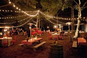 15 rules for great outdoor weddings and events brit co With outdoor wedding lighting setup