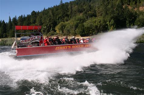 Rogue River Jet Boats by 80 Mile Jet Boat Trip Jerry S Rogue Jets Gold Or