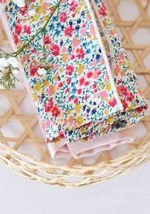 Création Avec Tissus : 10 cr ations coudre avec des chutes de tissus id couture coudre couture et chute de tissu ~ Nature-et-papiers.com Idées de Décoration
