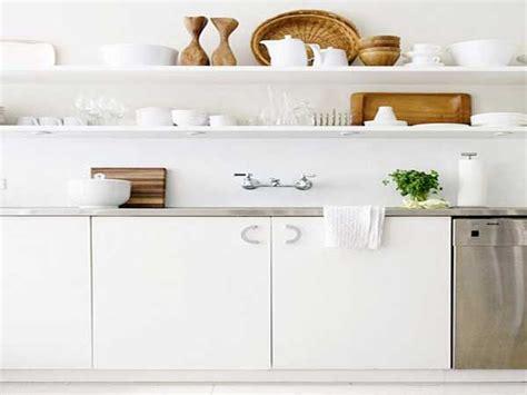 rangement etagere cuisine un rangement cuisine déco même sans placards