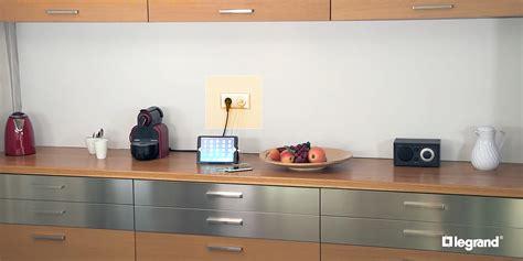 interrupteur cuisine installer une prise murale usb dans une cuisine